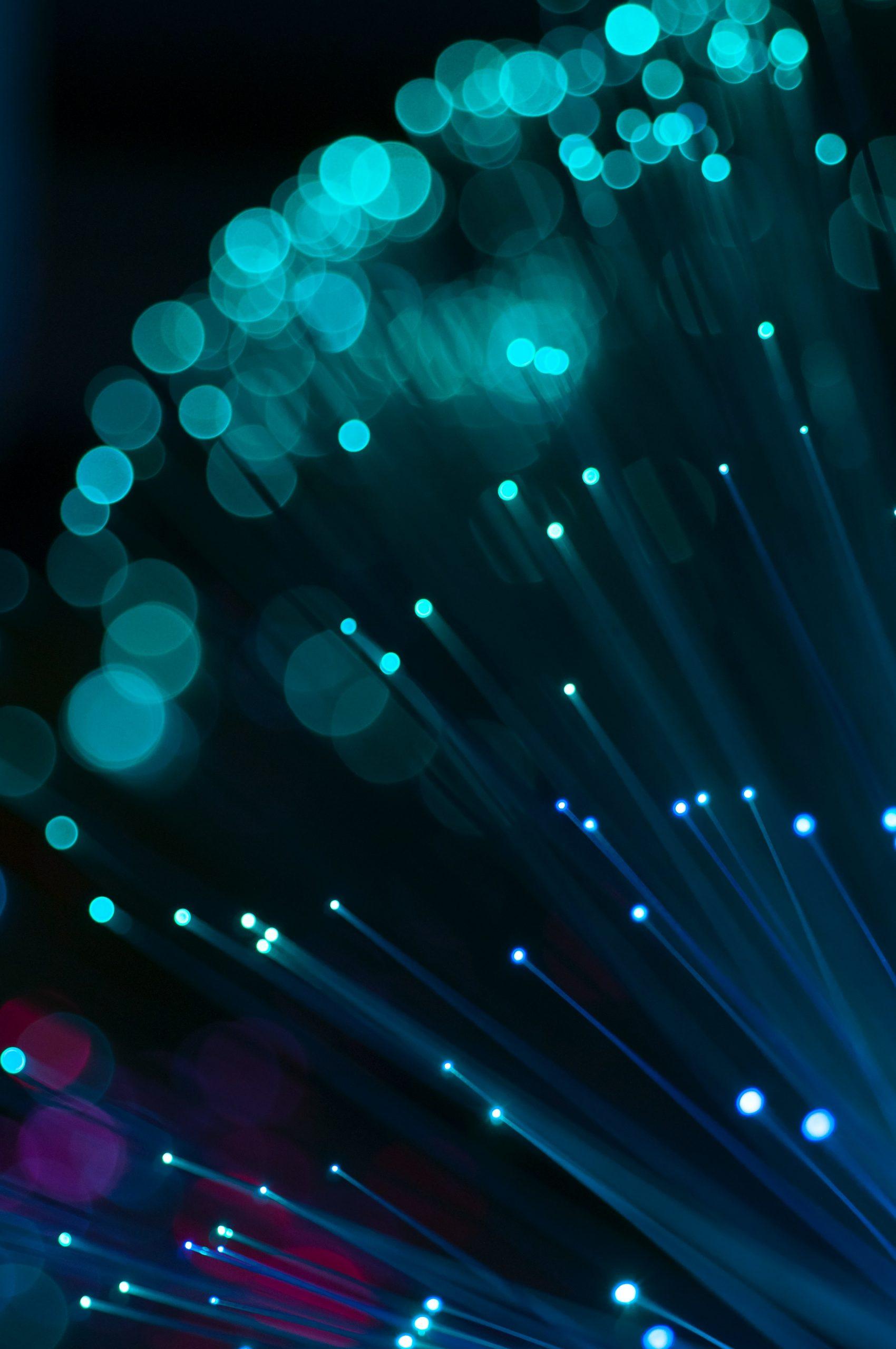 błyski światłowodów